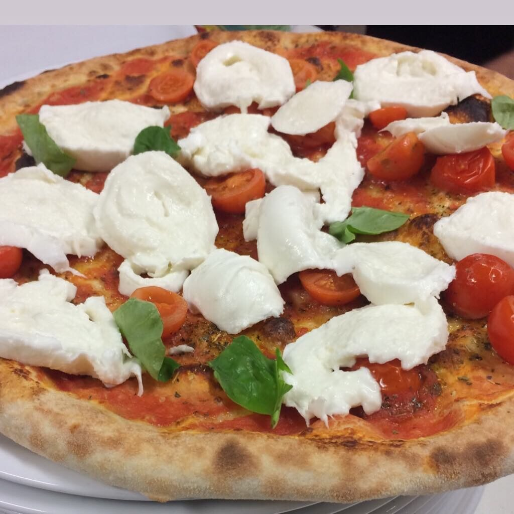 pizza hotel iseo